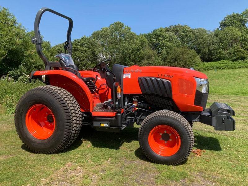 Kubota L1-552 Compact Tractor