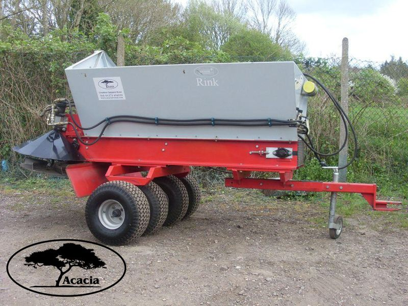 Rink DS800 Towed Top Dresser Hire
